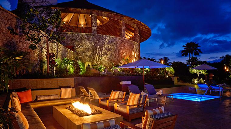 hotel wailea firepit pool
