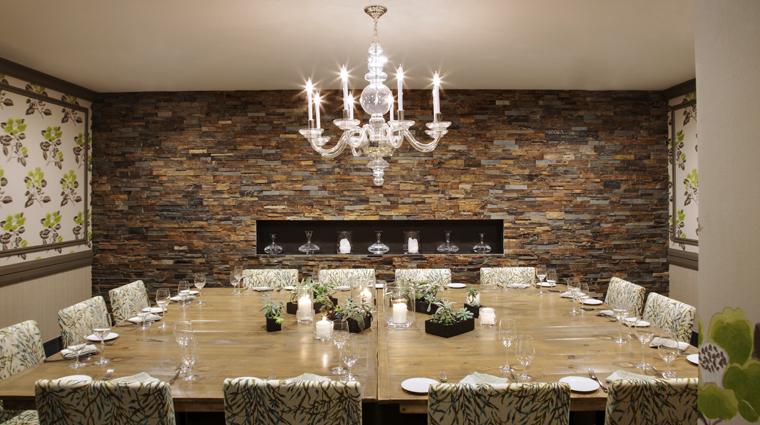PropertyImage HuttonHotel Restaurant Style GrilleDiningArea Credit HuttonHotel