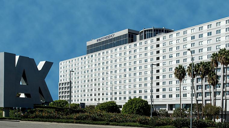 Property HyattRegencyLosAngelesInternationalAirport Hotel Exterior Exterior2 HyattCorporation