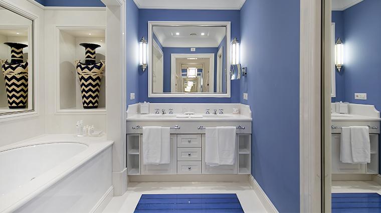 il san pietro di positano guestroom bathroom