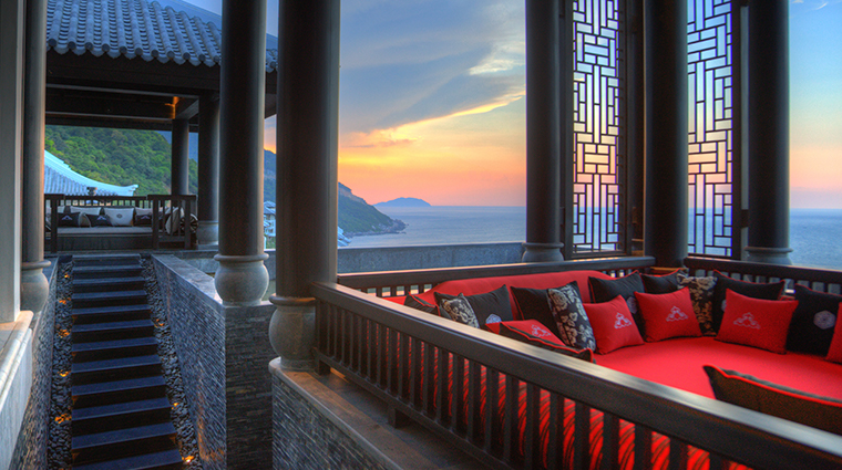 intercontinental danang sun peninsula resort lobby daybed