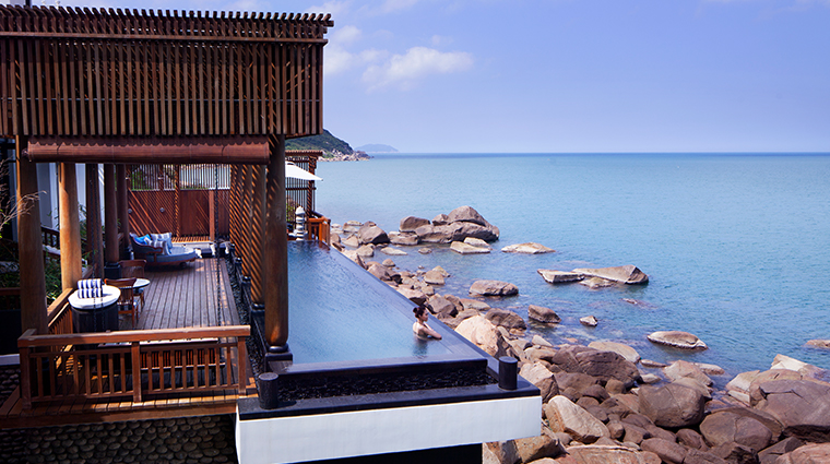 intercontinental danang sun peninsula resort seaside villa pool