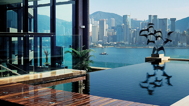 PropertyImage InterContinentalHongKong 9 Hotel GuestroomsandSuites PresidentialSuite RooftopTerraceDaytime CreditInterContinentalHongKong