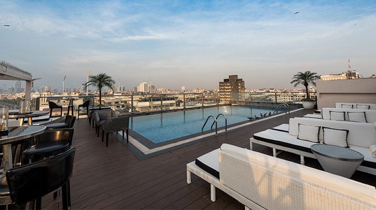 intercontinental marine drive mumbai pool