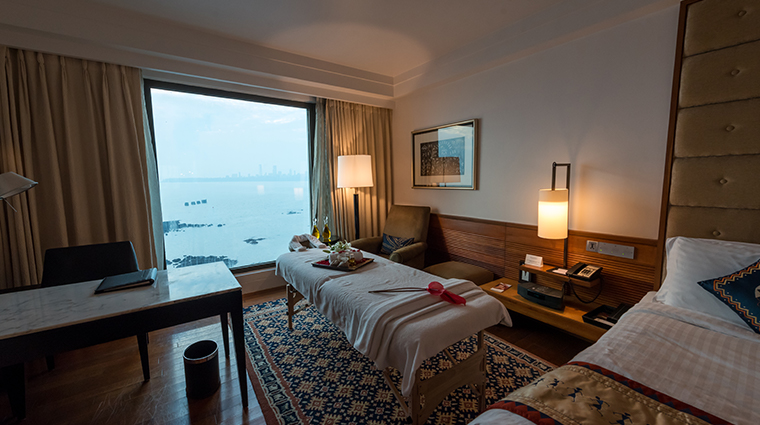 intercontinental marine drive mumbai treatment room