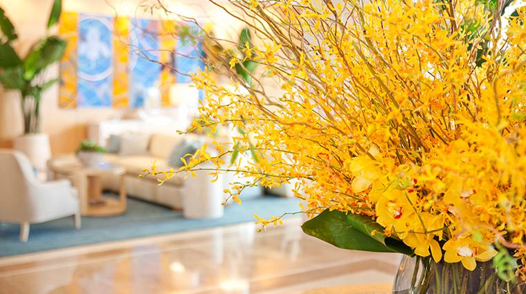 fashion island hotel floral