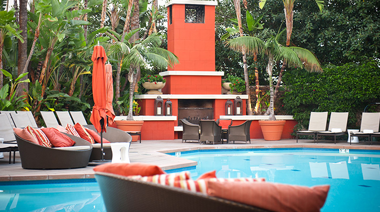 Fashion Island Hotel Pool Fireplace