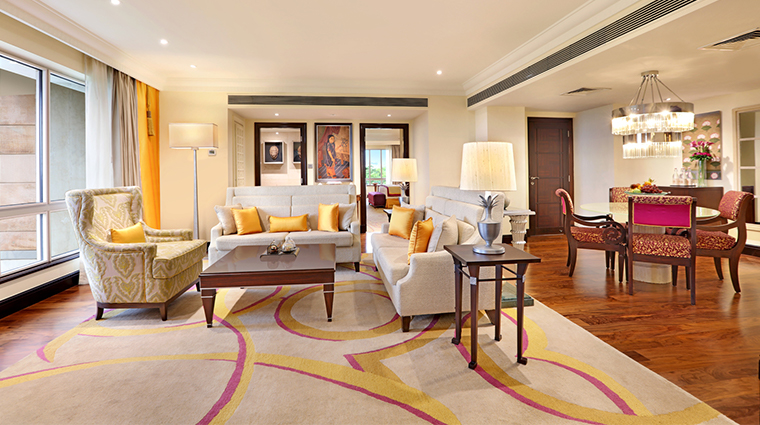 itc maratha luxury collection hotel luxury suite living room