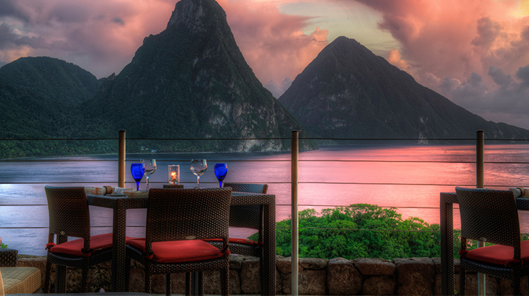 jade mountain resort beach seating