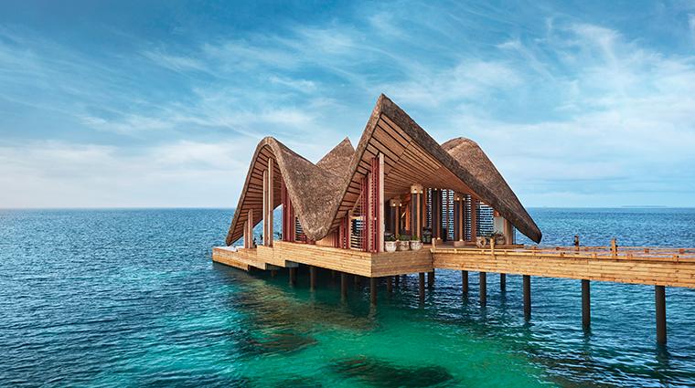 joali maldives arrival jetty