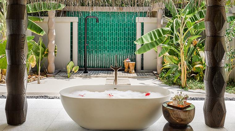 joali maldives beach villa bath