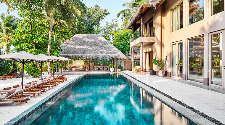 joali maldives four bedroom pool