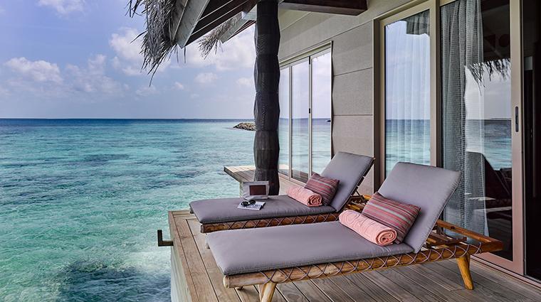 joali maldives spa relaxing area