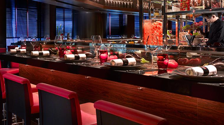 joel robuchon singapore bar