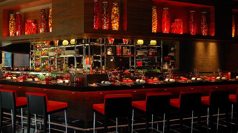 joel robuchon singapore full bar