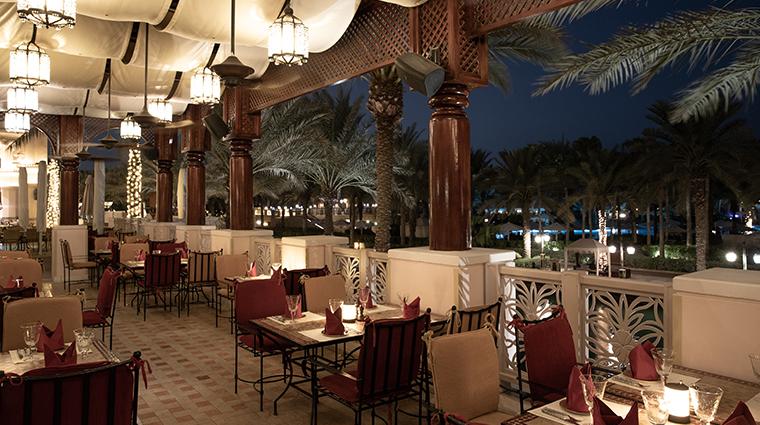 jumeirah al qasr al hambra restaurant
