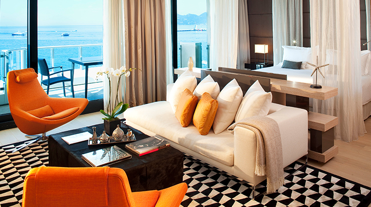 jw marriott cannes suite living room