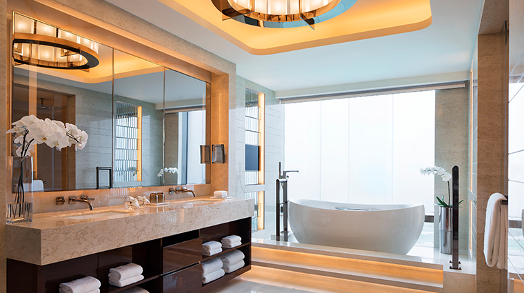 jw marriott hotel macau chariman suite bathroom