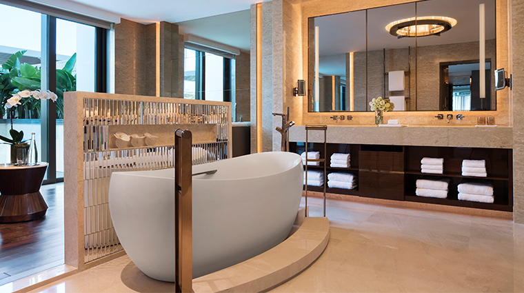 jw marriott hotel macau presidential suite bathroom