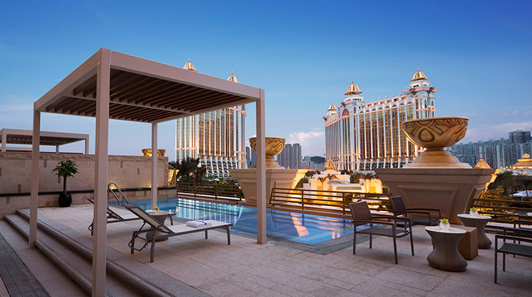 jw marriott hotel macau suite pool terrace