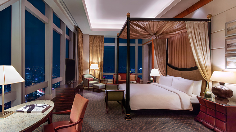 jw marriott hotel shanghai at tomorrow square chairman studio
