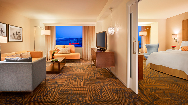 jw marriott los angeles la live griffin suite