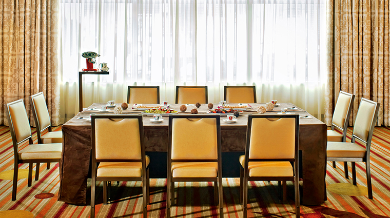 jw marriott los angeles la live meeting room2