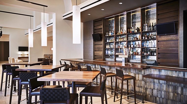 jw marriott phoenix desert ridge resort spa Stonegrill Bar