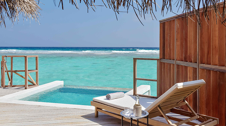 kanuhura maldives pool villa deck