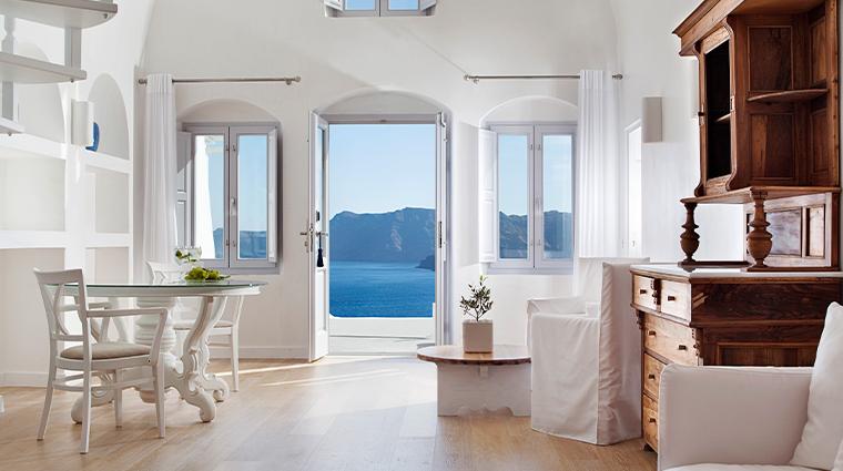 katikies santorini guestroom
