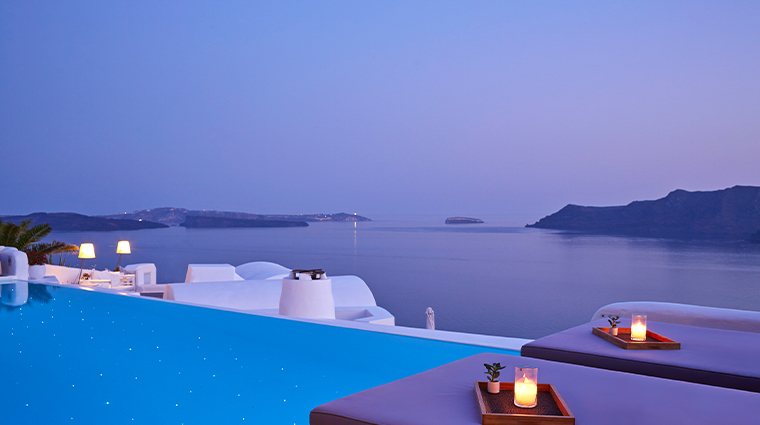 katikies santorini pool bar dusk