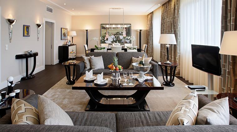 kempinski hotel bristol berlin presidential suite living room