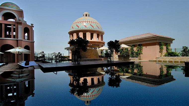kempinski mall of the emirates pool