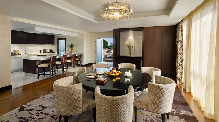 kempinski mall of the emirates presidential suite dining