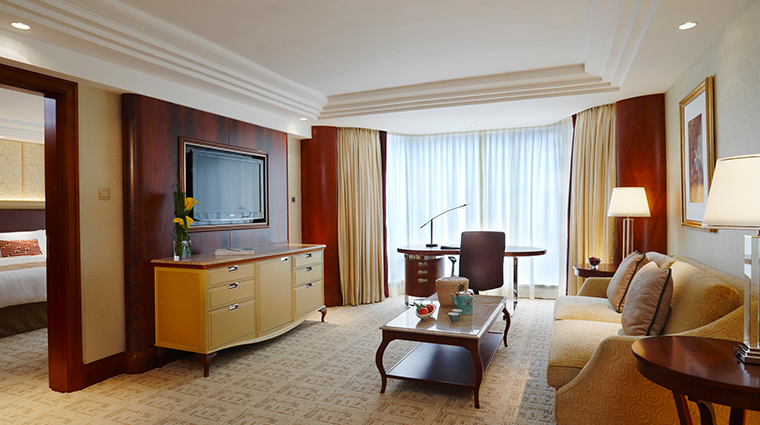 kowloon shangri la suite2