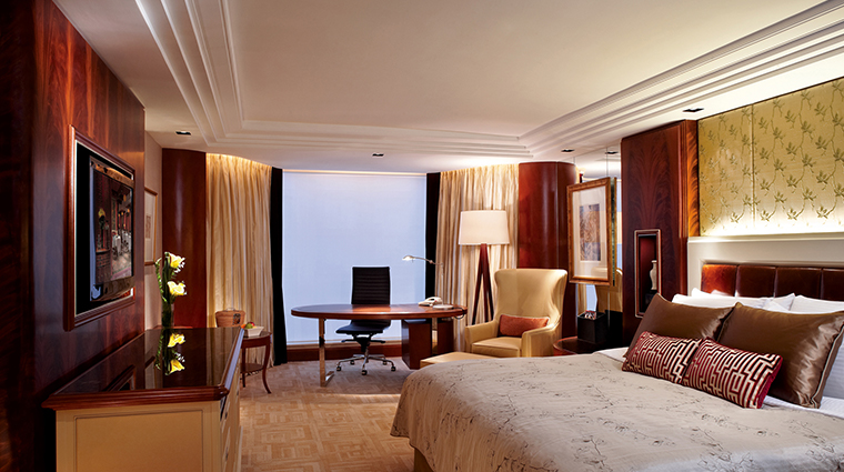 kowloon shangri la suite3