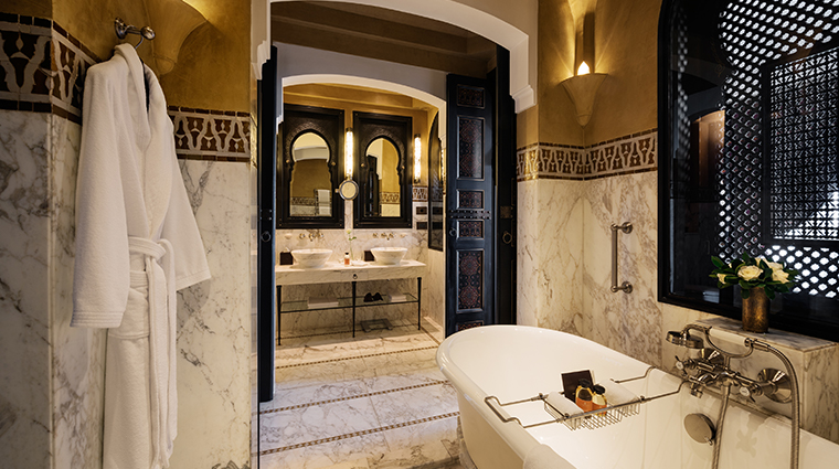 la mamounia suite bathroom