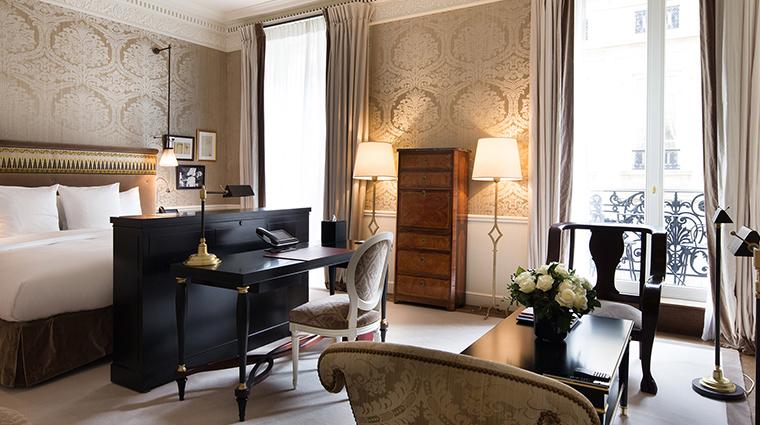 La Reserve Paris deluxe junior suite