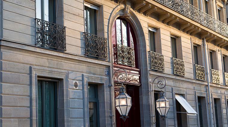 La Reserve Paris entrance