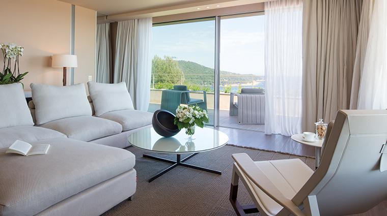 la reserve ramatuelle suite living room