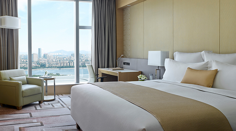 Langham Place Guangzhou room