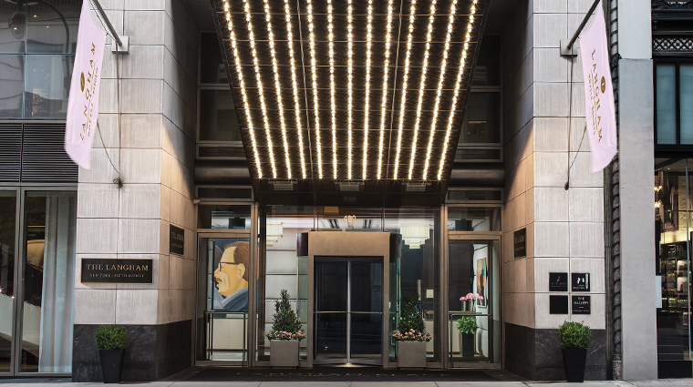 the langham new york fifth avenue entrance