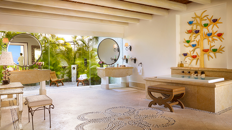 las ventanas al paraiso a rosewood resort suite bathroom