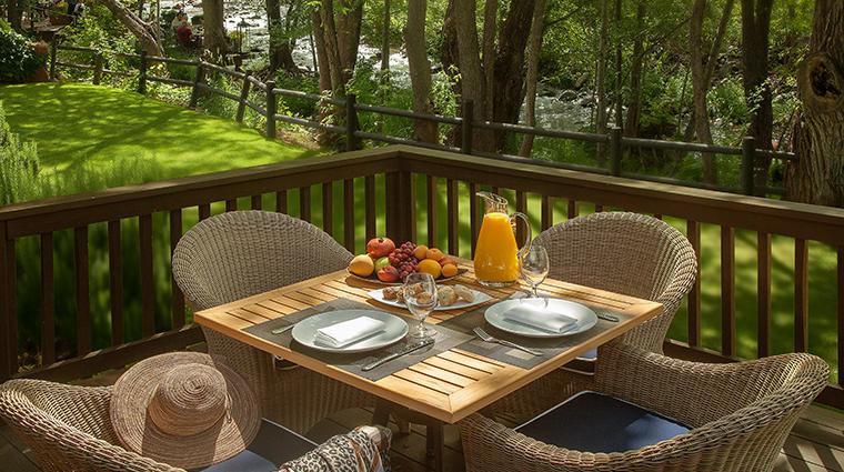 lauberge de sedona cottage deck breakfast