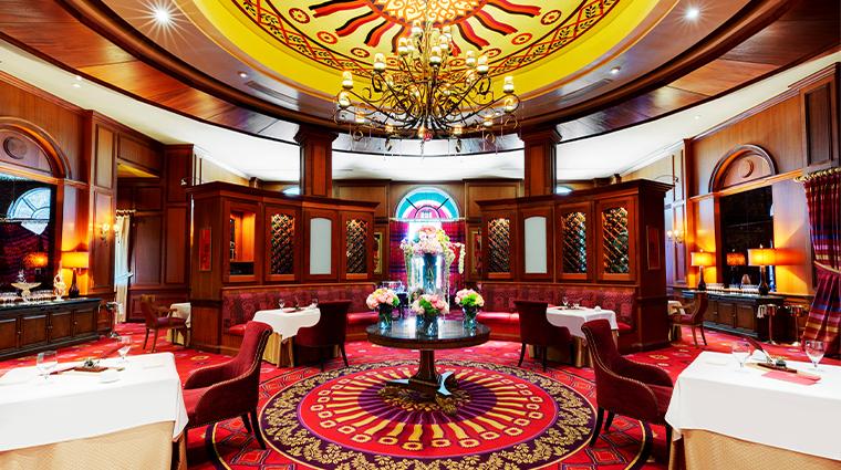 lautrec wide dining