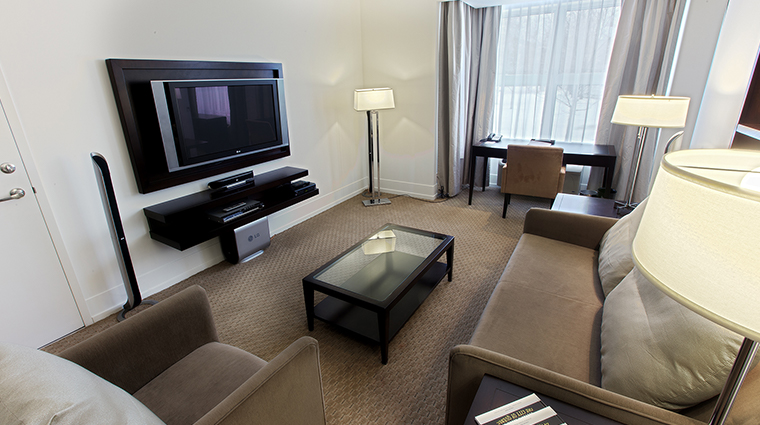 le bonne entente urbania suite living room