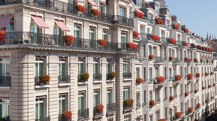 le bristol paris facade balconies