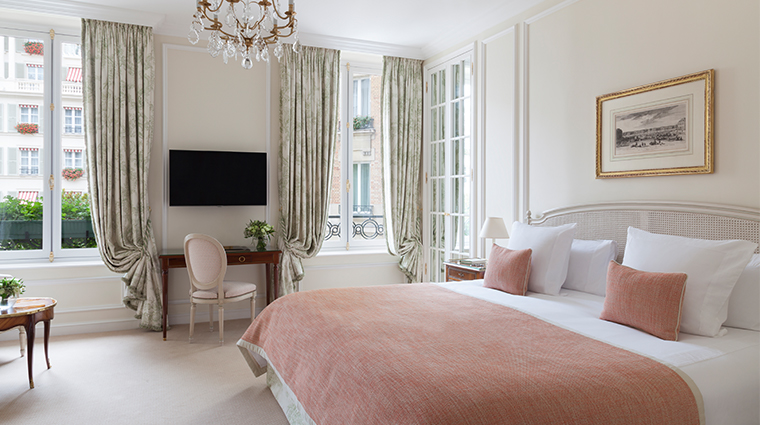 le bristol paris suite