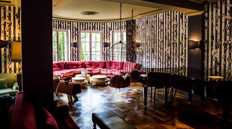 le grand bellevue lounge
