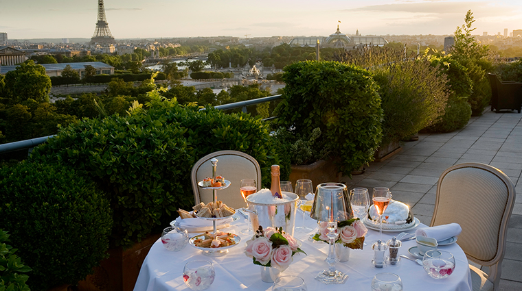 le meurice dorchester collection Belle etoile suite terrace romantique dinner